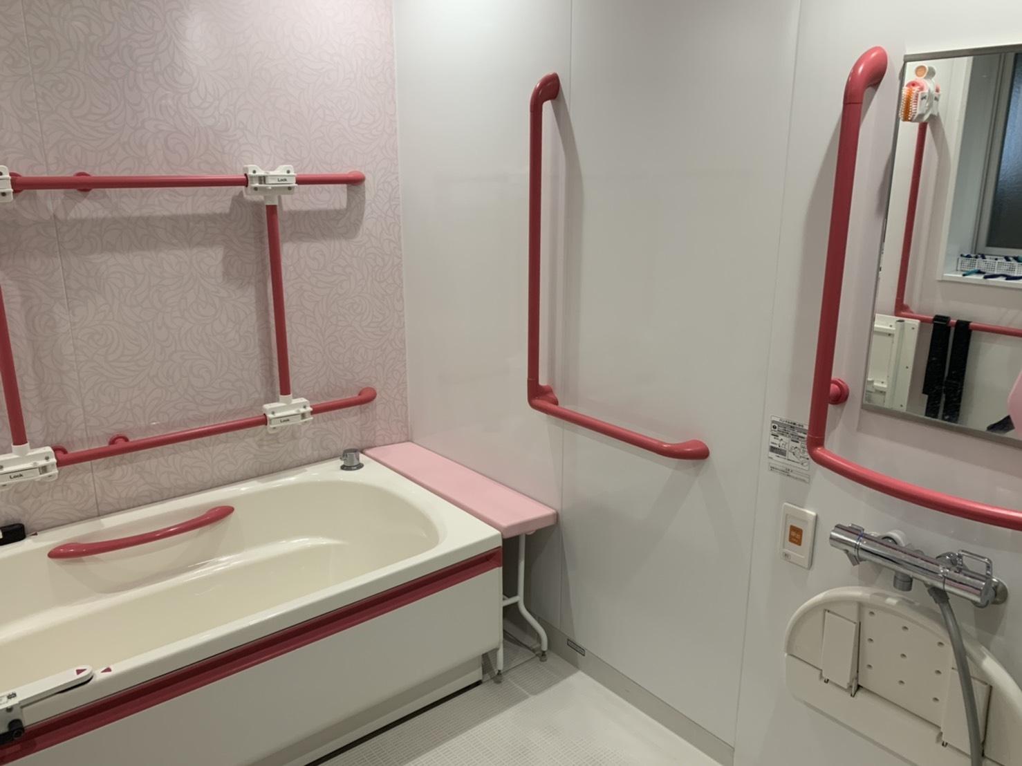 【介護浴槽の価格(値段)と評判】おすすめの特殊浴槽