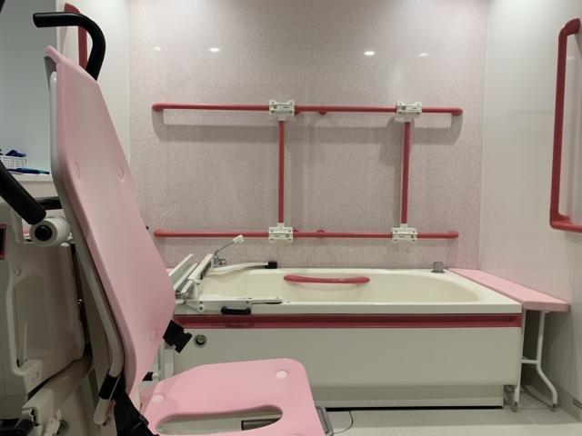 【入浴用リフトの価格と評判】リフト浴はお風呂場のサイズに要注意